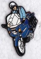 PIN S MOTO GENDARMERIE - Motos