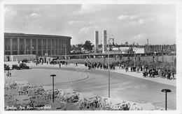 Cartolina Berlin Am Reichssportfield 1936 - Cartoline