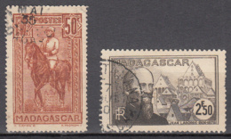 Madagascar 184 + 224 ° - Used Stamps