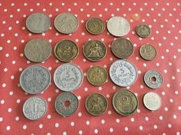 Lot De 20 Pièces Voir Le Scan - Monnaies & Billets