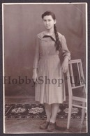 Old Antique Vintage Real Photo Snapshot Foto USSR Young Sweet Beautiful Handsome Girl Long Braided Braid #62 - Persone Anonimi