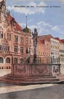 Cartolina Braunau Am Inn Fischbrunnen Mit Rathaus - Cartoline