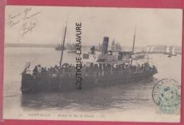 35 - SAINT MALO-----Arrivée Du Bac De Dinard----beau Plan Animé----precurseur - Saint Malo