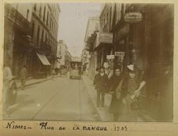 Gard. Nîmes. Rue De La Banque. Tramway. Commerces. 1903. - Lieux
