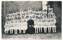 Group Catholic Girls Kids And Prist First Holy Communion, Fillettes Prva Sv. Pricest Na Alojzijevo Vintage Photo ORIG. - Persone Anonimi
