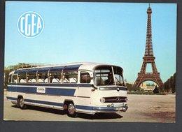 C.G.E.A. -- PARIS 16éme 2,rue Du Bois De BOULOGNE --  Autocars MERCEDES 0302 -  Sté De Voyages  CPM écrite En 1967 - Public Transport (surface)