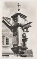 Arts - Architecture Artisanat Horlogerie - Cloche - Girouette Coq - Clock Tower - Abinger Hammer Surrey England - Fine Arts