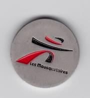 Jeton De Caddie En Métal - Intermarché - Les Mousquetaires - Supermarché - Grande Surface - Einkaufswagen-Chips (EKW)