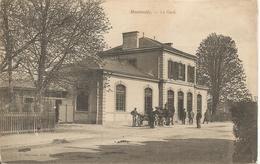 MONTMEDY  -  LA  GARE  /  Vue  Extérieure  Animée - Montmedy