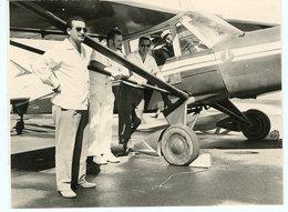 Homme Man Avion à Identifier Situer Id Martinique - Aviation