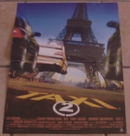 AFFICHE CINEMA ORIGINALE FILM TAXI 2 BESSON KRAWCZYK NACERI DIEFENTHAL COTILLARD 2000 TBE AUTOMOBILE PEUGEOT - Affiches & Posters