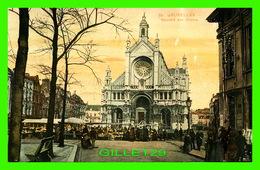 BRUXELLES, BELGIQUE - MARCHÉ AUX GRAINS - TRÈS ANIMÉES - CIRCULÉE EN 1911 - - Marchés