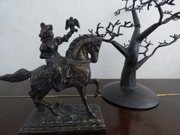 RARE CHEVALIER FAUCONNIER - Bronzes