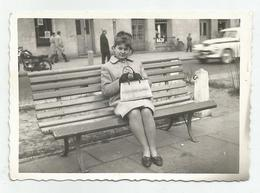 Woman On The Bench  Zs552-221 - Persone Anonimi