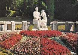 LISIEUX - Les Buissonnets - Le Groupe Sculpté Du Jardin - Lisieux