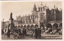 KRAKAU - MARKT TUCHLAUBEN, Fotokarte Gel.1940 Mit Seltener DR Frankierung, Stempel Krakau - Polen