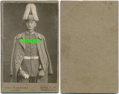 Hartpappefoto, Garde Pickelhaube Haarbusch Uniform Mantel, Berlin - Krieg, Militär