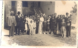 Mariage ,  Toute La Famille   Mars 1947   Carte Photo - Persone Anonimi
