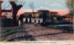 Cpa SAINT PIERRE DE JUILLERS 17 Le Pont - Francia