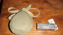 Lot :Gourde Armée Italienne 39x45   Et Boite De Pensements Armée Allemande - Uitrusting