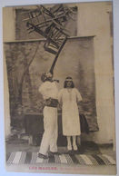Circus, Theater, Varieté, Akrobaten, Les Madler, Stühle Balancieren  - Ansichtskarten
