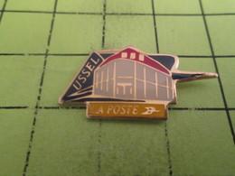 211b Pin's Pins / Beau Et Rare : THEME : POSTEs / LA POSTE USSEL - Mail Services