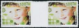 Neuf Sans Charnière N° 2150/3, + 2160, Les 5 Valeurs Pro Juventute, Paire Avec Interpanneau Auto Adhésifs T.B. Cat. Suis - Stamps