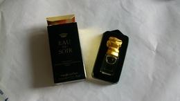"Miniature De Parfum Sisley  "" Eau Du Soir "" Eau De Parfum - Modern Miniatures (from 1961)"