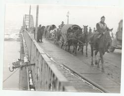 Continue Through The Bridge  Zs232-221 - Krieg, Militär
