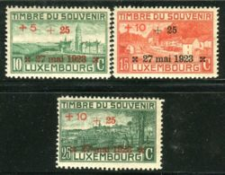 LUXEMBOURG ( POSTE ) :  Y&T  N°  142/144  TIMBRES  NEUFS  AVEC  TRACE  DE  CHARNIERE . - Neufs