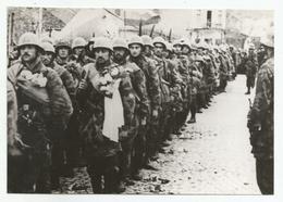 1 Army Enters Kumanovo, 1944  Zs214-221 - Krieg, Militär