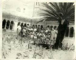 """4822 """" FOTO DI GRUPPO-ROMA CHIOSTRO S. PAOLO FUORI LE MURA-GIUBILEO ANNO SANTO 1950 """" ORIGINALE - Orte"""