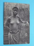 KINKONI ( MOYEN CONGO ) Type Gracieux De BANTANDU ( J.I.P ) Nude / Naakt / Naked Woman > Anno 19?? ( Voir / Zie Photo ) - Congo Français - Autres