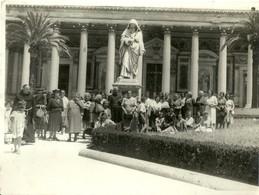 """4824 """" FOTO DI GRUPPO-ROMA S. PAOLO FUORI LE MURA-GIUBILEO ANNO SANTO 1950 """" ORIGINALE - Orte"""