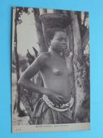 MOYEN CONGO - Jeune Type LULA ( J.I.P ) Nude / Naakt / Naked Woman > Anno 19?? ( Voir / Zie Photo ) - Congo Français - Autres