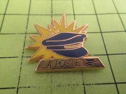 716a Pin's Pins / Beau Et Rare : THEME : POSTES / COS 92 LA POSTE CASQUETTE DE FACTEUR Par DECAT PARIS - Postes