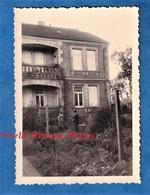 Photo Ancienne Snapshot - METZ ( Moselle ) - Belle Maison Au 59 Chemin Des Jardiniers - Septembre 1956 - Architecture - Lieux