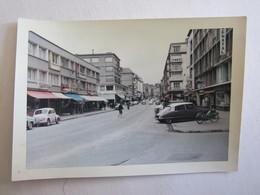 Photo Photos Photographie Boulogne Sur Mer Rue Principale Mobylette Citroen Ds 4 Cv Renault - Lieux