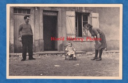 Photo Ancienne - BUZY ( Meuse ) - Famille Julien - Mai 1946 - Petite Fille Enfant - Prés Gussainville Parfondrupt - Lieux