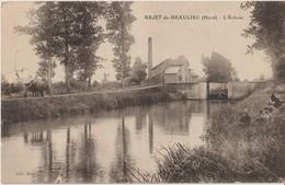 REJET  De  BEAULIEU ( Nord ). L'Ecluse. Péniche Dans L'Ecluse - Chevaux Sur Le Chemin De Halage Tirant La Péniche. - France
