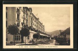 CPA Royat, Terrasse Du Royal Palace - Royat