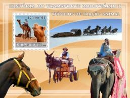 Mozambique 2009  Fauna  Vehicles Tractive Animal ,elephant , Donkey ,horse - Mozambique