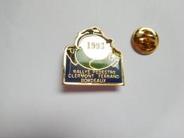 Beau Pin's , Athlétisme , Rallye Pédestre Clermont Ferrand - Bordeaux 1993 , Puy De Dôme - Gironde - Athletics