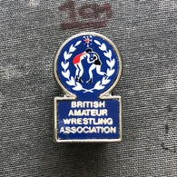 Badge Pin ZN008639 - Wrestling Great Britain Amateur Federation Association Union - Lucha