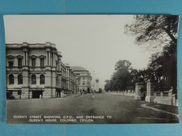 Queen's Street Showing G.P.O And Entrance To Queen's House Colombo Ceylon - Sri Lanka (Ceylon)