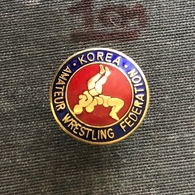 Badge Pin ZN008645 - Wrestling Korea Amateur Federation Association Union - Lucha