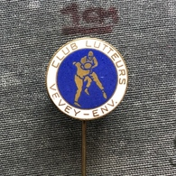 Badge Pin ZN008658 - Wrestling Switzerland Vevey - Lucha