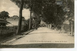 1435. CPA 17 SAINT-AIGULIN. AVENUE DE LA GARE 1908 - France