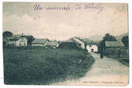 CHILLY  80  Entrée Du Chef Lieu . Animée .1940 - Autres Communes