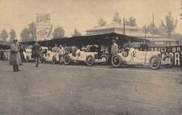 GRAN PREMIO DE ITALIA. 1924. EL EQUIPO  MERCEDES MOMENTOS ANTES DE ALINEARSE PARA LA SALIDA - Postales